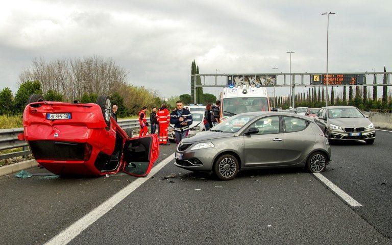 תאונת דרכים בכביש